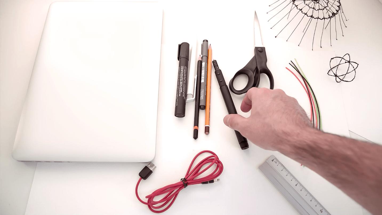 lix 3d pen der futuristische 3d drucker in stiftform. Black Bedroom Furniture Sets. Home Design Ideas