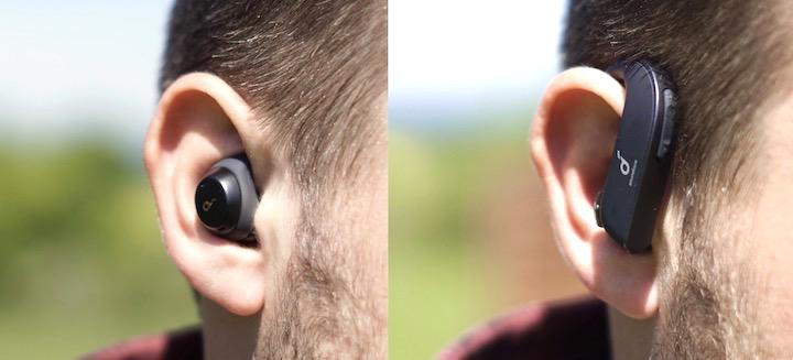 Zwei verschiedene Headsets in zwei Ohren
