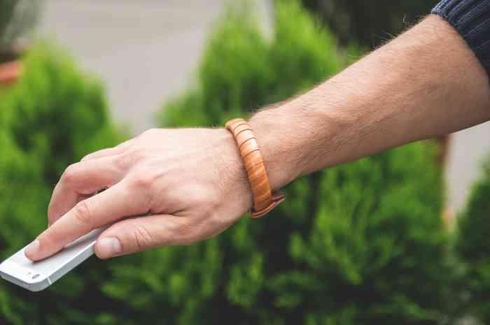 armband kickstarter ladekabel mode