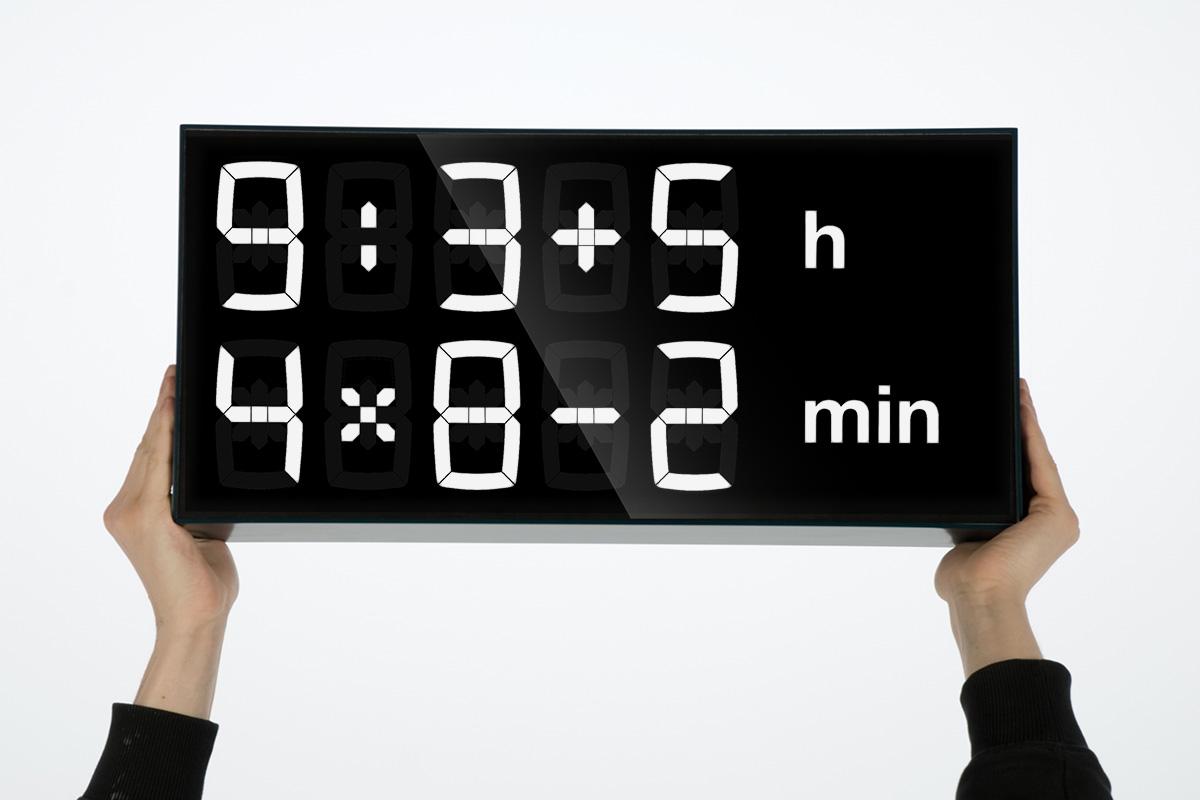 Albert clock diese smarte uhr trainiert das kopfrechnen - Ausgefallene wanduhren ...