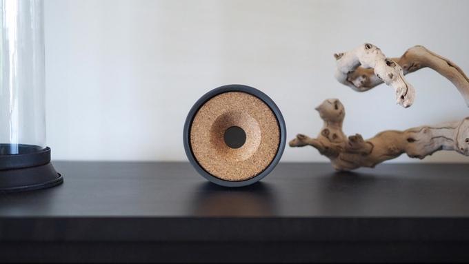 obi automatisiertes laserspielzeug f r die moderne katze. Black Bedroom Furniture Sets. Home Design Ideas