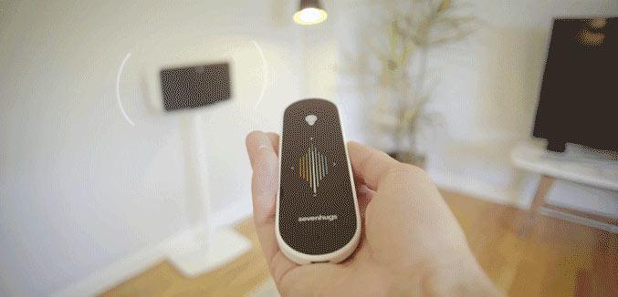 die smart remote fernbedienung steuert einfach alles. Black Bedroom Furniture Sets. Home Design Ideas
