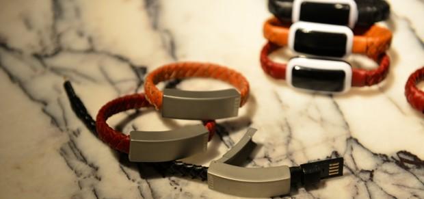 NIFTYX: Ladekabel und Mini-Powerbank als Armband