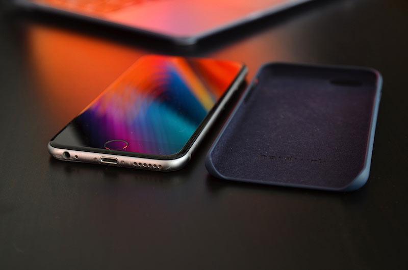 iphone case macbook