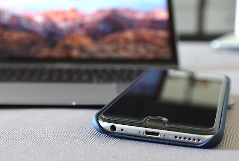 zagg glass smartphone schutz sichtschutz