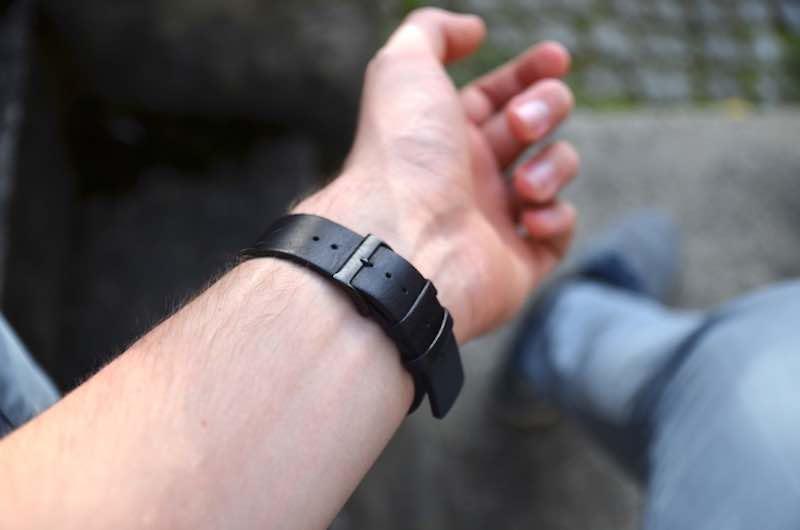 Schickes Leder Armband in schwarz