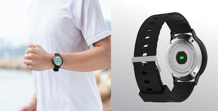 Arm mit mim X Smartwatch Pulsmesser