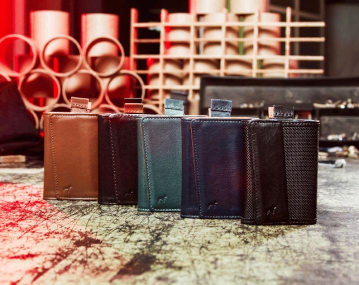 Fünf Speed Wallet Mini in verschiedenen Farben