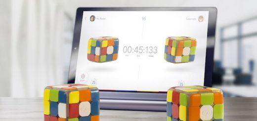 Zwei GoCubes vor einem Tablet 520x245