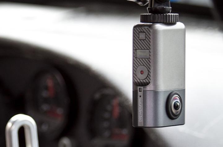 Wunder360 Kamera in Auto