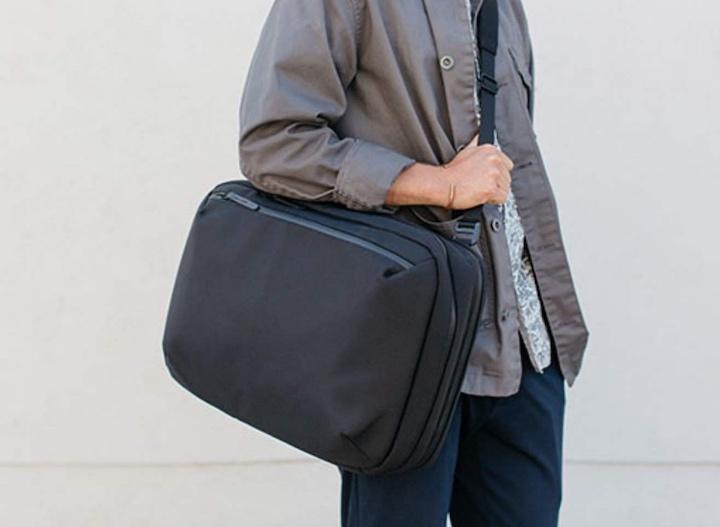 Hideout Commuter Pack als Handtasche