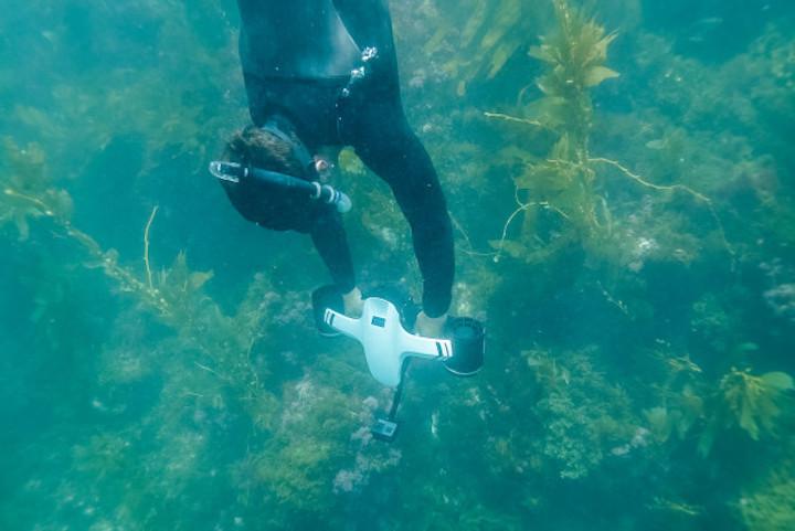 Taucher mit SeaFlyer