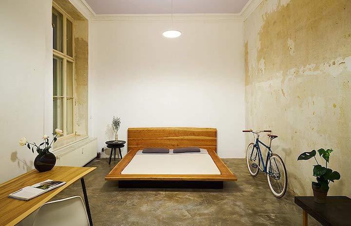 Bett Fahrrad Lampe Tisch Pflanze