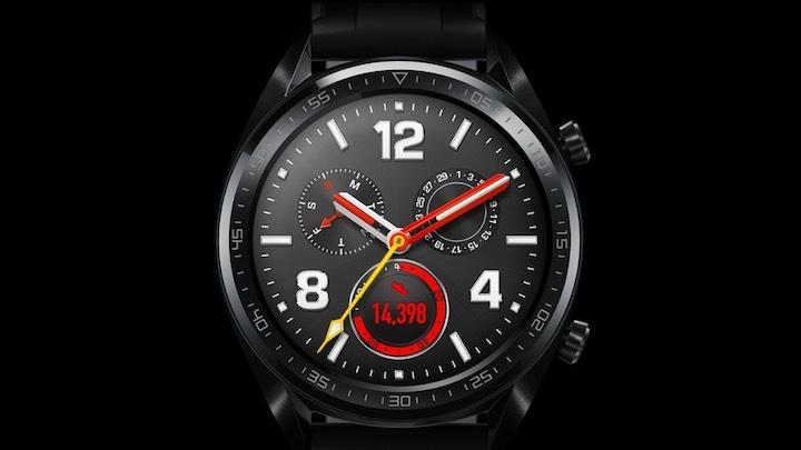 Huawei Watch GT vor schwarzem Hintergrund
