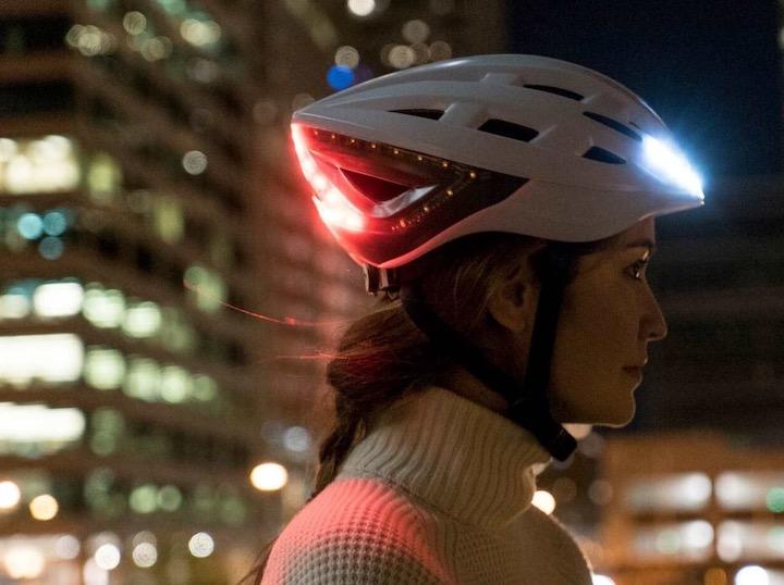 Lumos Fahrradhelm Frau