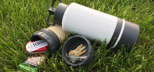 Morph Bottle mit Silikontasche im Gras 520x245