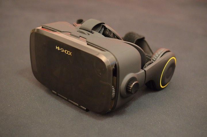 VR Shark X4 schr%C3%A4g von vorne