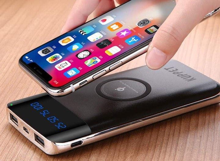 iPhone X und KUPPET Powerbank