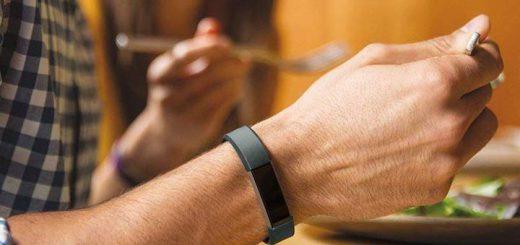Antimi Fitness Armband beim Essen 520x245