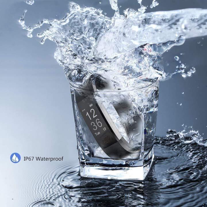 Antimi Fitness Armband in Wasserglas