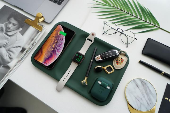 Gaze Tray auf Schreibtisch