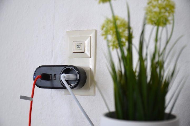 RAVPower USB Steckdose Kabel Pflanze