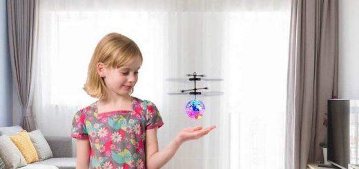 EpochAir Drohne Mädchen Wohnzimmer 520x245