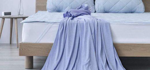 Elegear Kühldecke liegt auf Bett 520x245