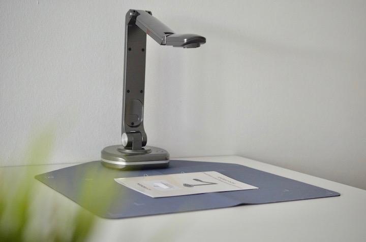 JOURIST DC80 Dokumentenkamera auf Sacnmatte