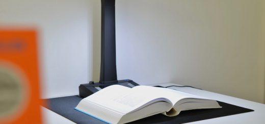 JOURIST Buchscanner scannt Buch 520x245