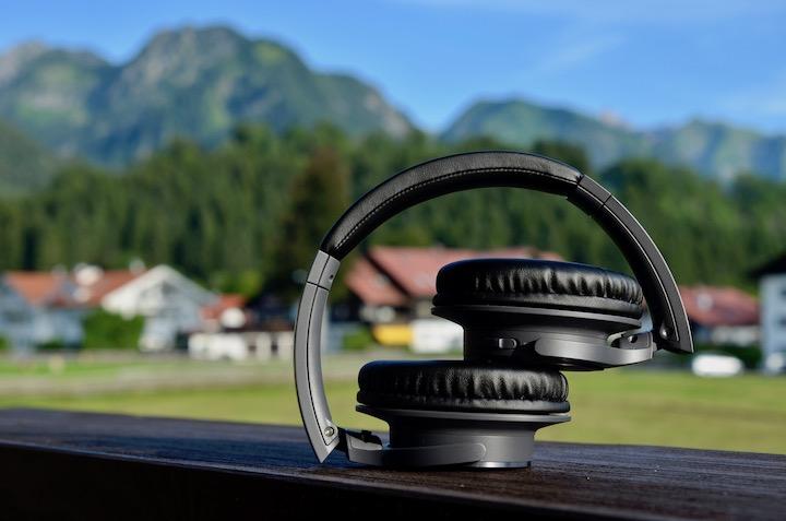 Audio Technica ATH SR30BT zusammengefaltet