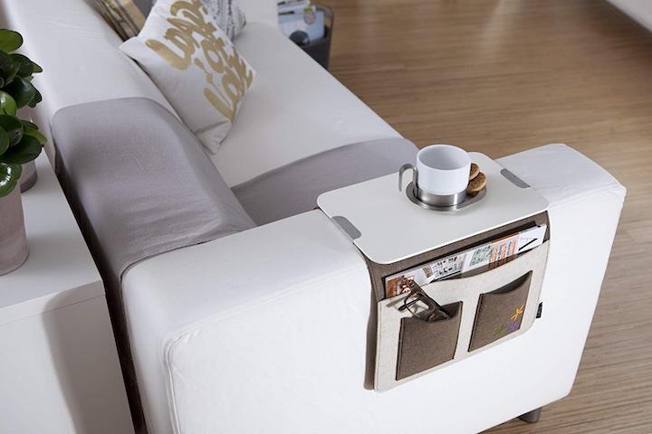 Sofa Butler Tasse Kissen Pflanze