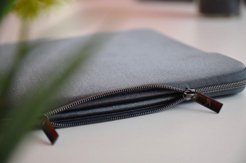 macbook pro sleeve artwizz