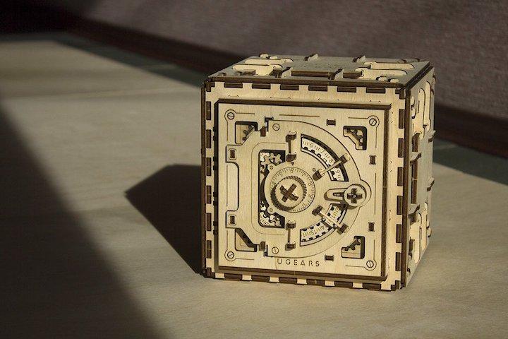 3D Holzbausatz Safe