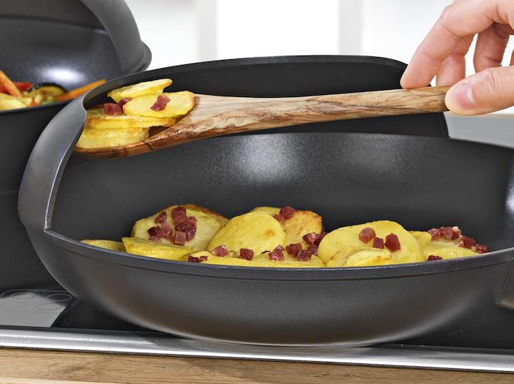Easy Pan Bratkartoffeln Hand