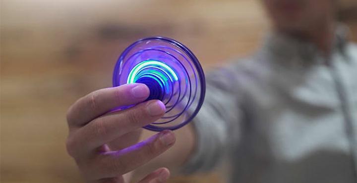 FlyNova Fidget Spinner Hand