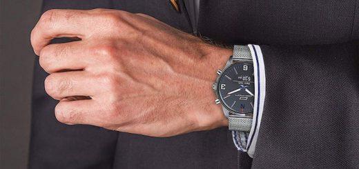 Oskron gear Smartwatch Anzug Hand 520x245