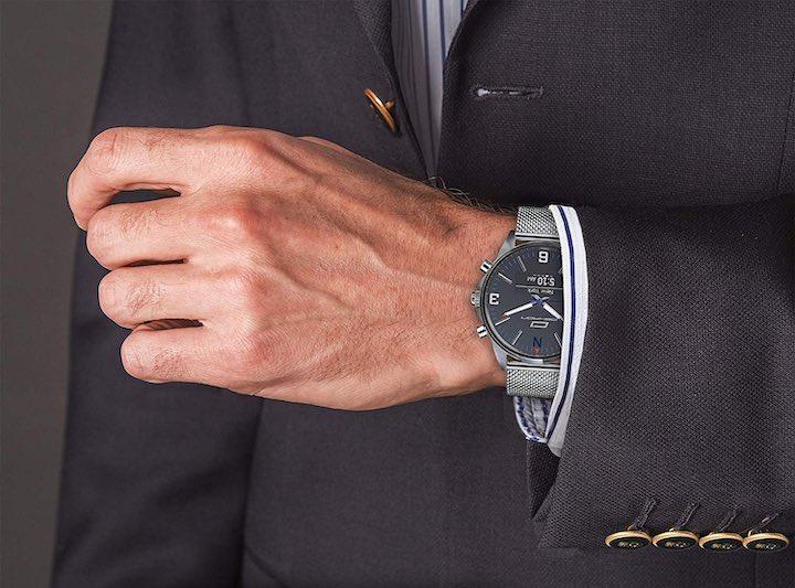 Oskron gear Smartwatch Anzug Hand
