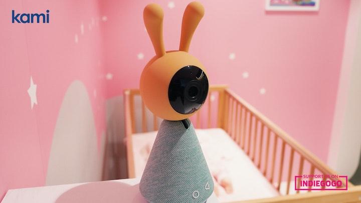 KamiBaby im Kinderzimmer aufgestellt
