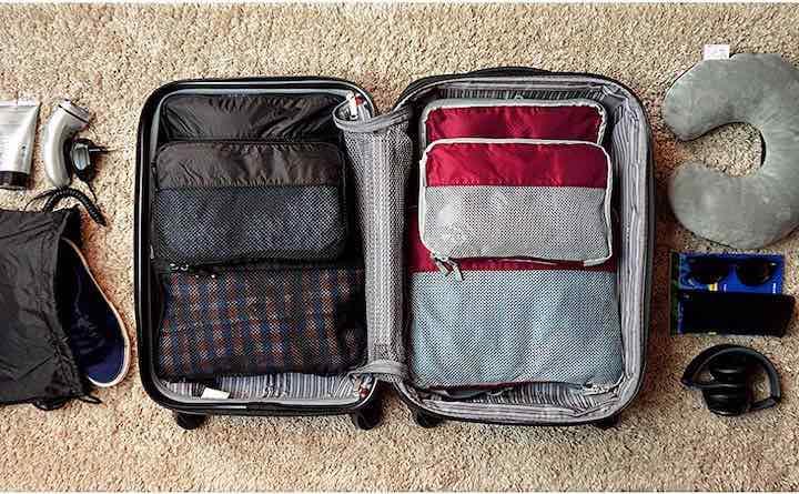 VEL DUDE Packw%C3%BCrfel im Koffer gepackt
