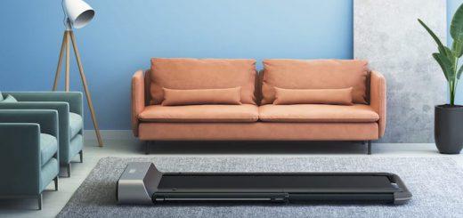 WalkingPad R1 Pro betriebsbereit im Wohnzimmer