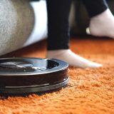 ZACO Saugroboter Teppich Füße Sofa 160x160