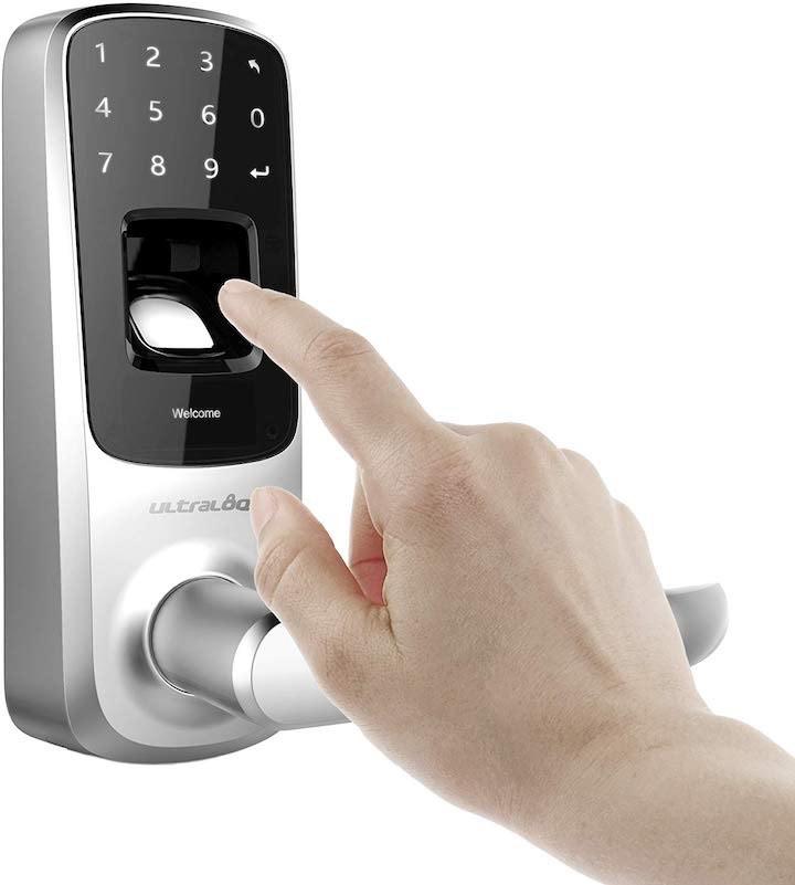 Fingerabdruckscanner an T%C3%BCrschloss