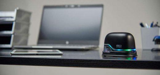 COLOP E-Mark auf dem Schreibtisch