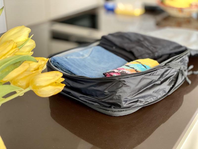Gro%C3%9Fe Tasche gepackt