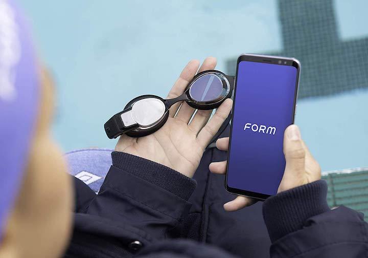 FORM Schwimmbrille mit App