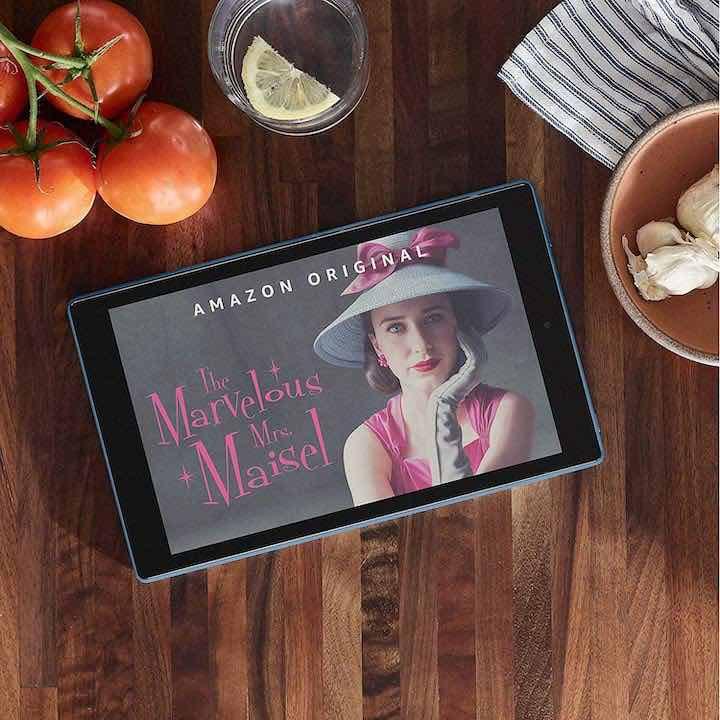 Tablet auf Tisch Fire HD10