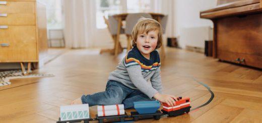 locomogo train eisenbahn lernen 520x245