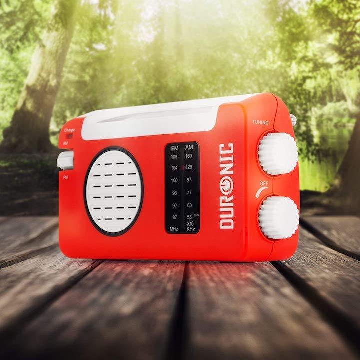 Solar Radio steht im Wald