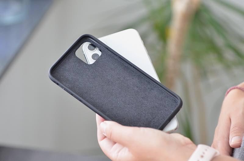 iphone 11 pro max nomad case